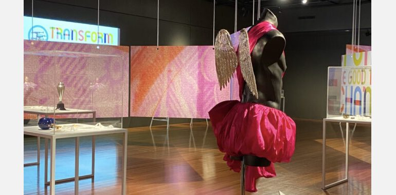 QPAC-keeping-it-real-exhibition